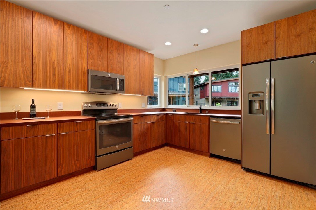 Unit For Sale at Clearwater Commons in Bothell WA
